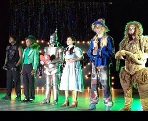 """Группа Pentatonix и оригинальный проект Тодрика Холла (Todrick Hall) """"The Wizard of Ahhhs"""""""
