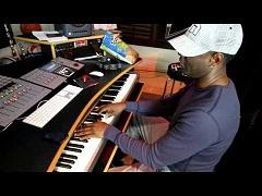 Уроки музыки от Брайана МакНайта