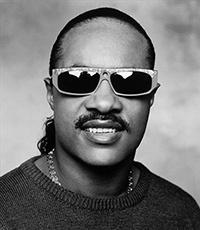 Стиви Уандеру (Stevie Wonder) исполнилось 64 года